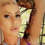 Тату на лбу ЭмберРоуз - Amber Rose Forehead Tattoo 5