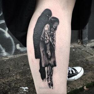Тату ужас Дзюндзи Ито 12.01.2021 №0025 -horror tattoo Junji Ito- tatufoto.com