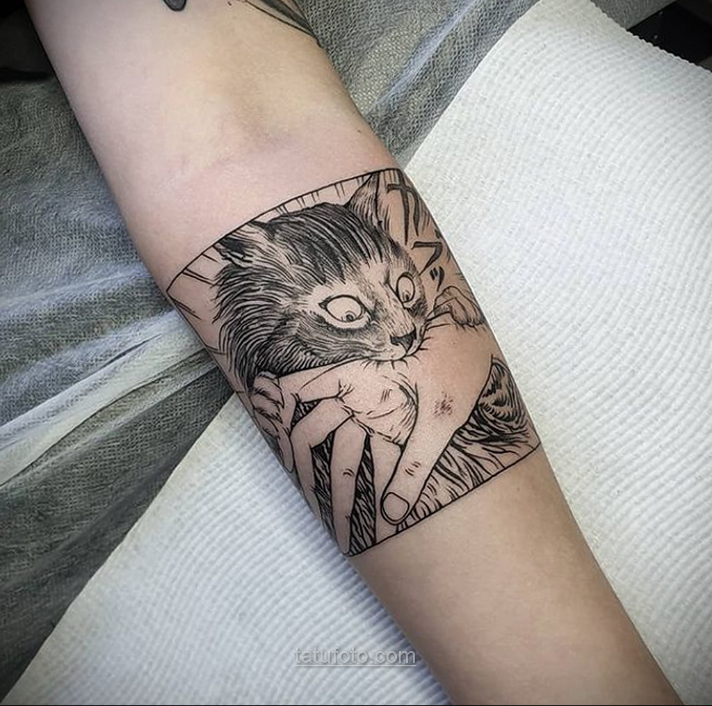 Тату ужас Дзюндзи Ито 12.01.2021 №0060 -horror tattoo Junji Ito- tatufoto.com