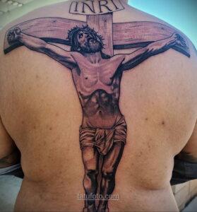 Фото Тату с Иисусом Христом 11.01.2021 №10002 -jesus tattoo- tatufoto.com