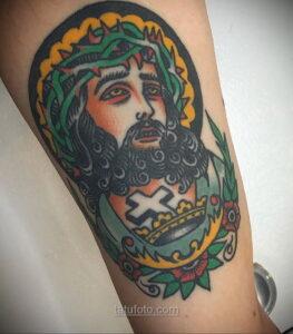 Фото Тату с Иисусом Христом 11.01.2021 №10004 -jesus tattoo- tatufoto.com