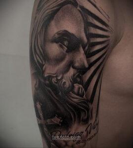 Фото Тату с Иисусом Христом 11.01.2021 №10014 -jesus tattoo- tatufoto.com