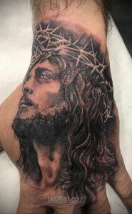 Фото Тату с Иисусом Христом 11.01.2021 №10015 -jesus tattoo- tatufoto.com