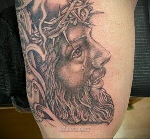 Фото Тату с Иисусом Христом 11.01.2021 №10031 -jesus tattoo- tatufoto.com