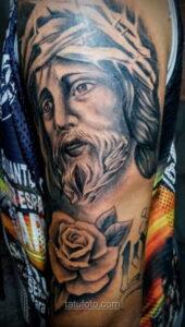 Фото Тату с Иисусом Христом 11.01.2021 №10092 -jesus tattoo- tatufoto.com