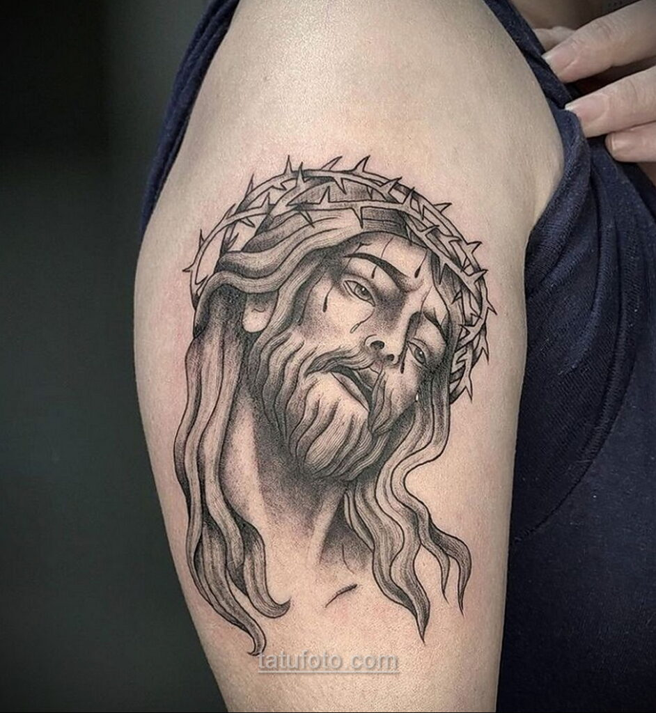 Фото Тату с Иисусом Христом 11.01.2021 №10105 -jesus tattoo- tatufoto.com