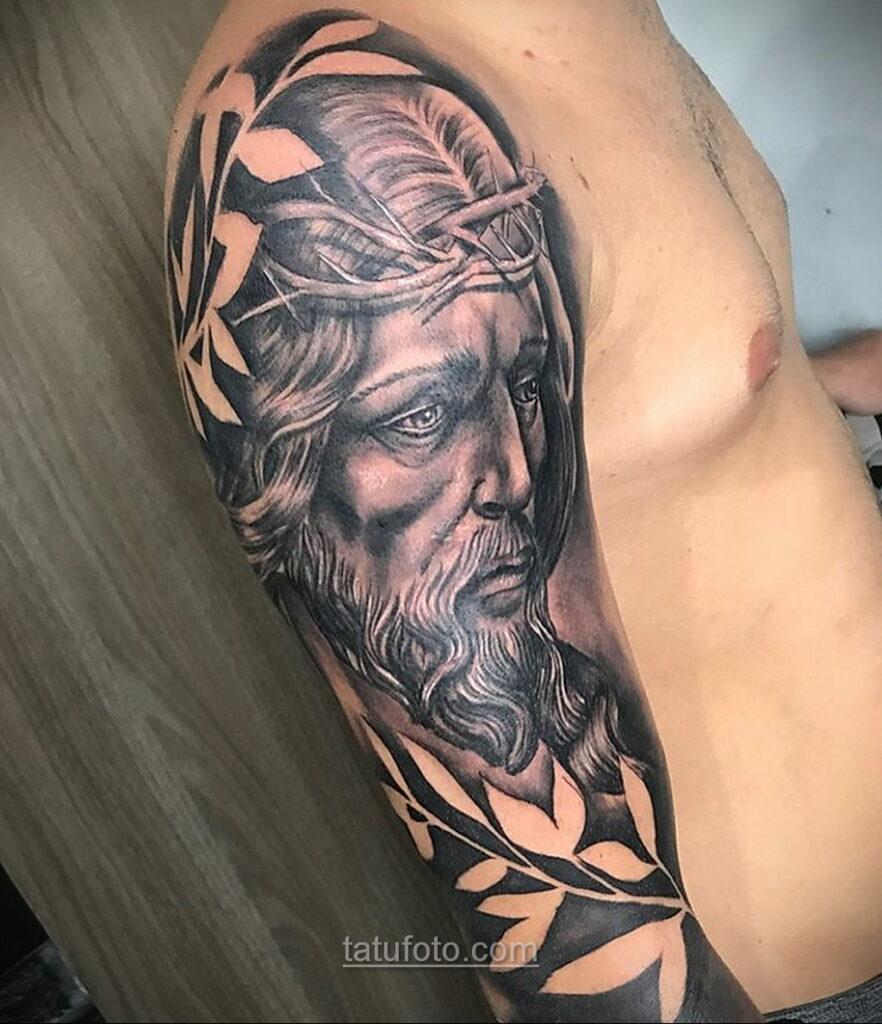 Фото Тату с Иисусом Христом 11.01.2021 №10113 -jesus tattoo- tatufoto.com