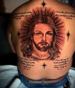 Фото Тату с Иисусом Христом 11.01.2021 №10116 -jesus tattoo- tatufoto.com