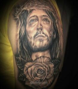 Фото Тату с Иисусом Христом 11.01.2021 №10121 -jesus tattoo- tatufoto.com