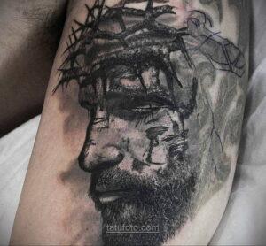 Фото Тату с Иисусом Христом 11.01.2021 №10131 -jesus tattoo- tatufoto.com