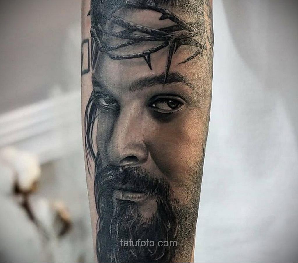 Фото Тату с Иисусом Христом 11.01.2021 №10132 -jesus tattoo- tatufoto.com