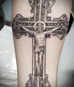 Фото Тату с Иисусом Христом 11.01.2021 №10136 -jesus tattoo- tatufoto.com