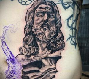 Фото Тату с Иисусом Христом 11.01.2021 №10156 -jesus tattoo- tatufoto.com