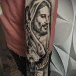 Фото Тату с Иисусом Христом 11.01.2021 №10157 -jesus tattoo- tatufoto.com