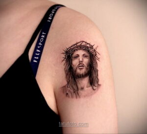 Фото Тату с Иисусом Христом 11.01.2021 №10159 -jesus tattoo- tatufoto.com