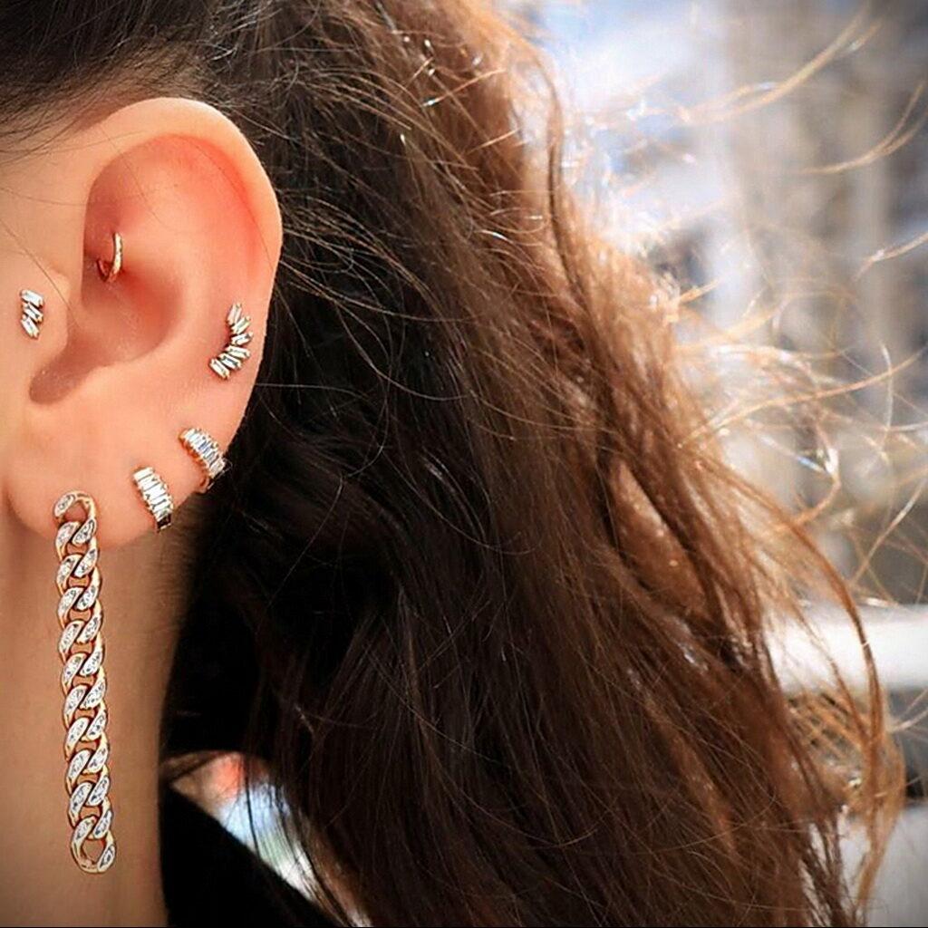 Фото Хрящевой пирсинг 29.01.2021 №0445 - Cartilage piercing - tatufoto.com