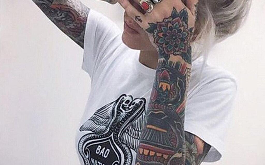 Выбираем татуировку для девушки