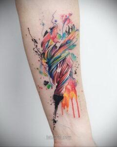 Фото женского цветного рисунка тату 09.01.2021 №1012 -color female tattoo- tatufoto.com