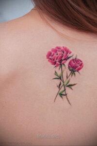 Фото женского цветного рисунка тату 09.01.2021 №1019 -color female tattoo- tatufoto.com