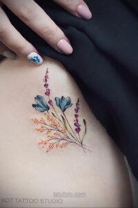 Фото женского цветного рисунка тату 09.01.2021 №1028 -color female tattoo- tatufoto.com