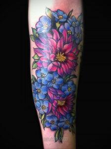 Фото женского цветного рисунка тату 09.01.2021 №1038 -color female tattoo- tatufoto.com