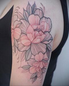 Фото женского цветного рисунка тату 09.01.2021 №1045 -color female tattoo- tatufoto.com