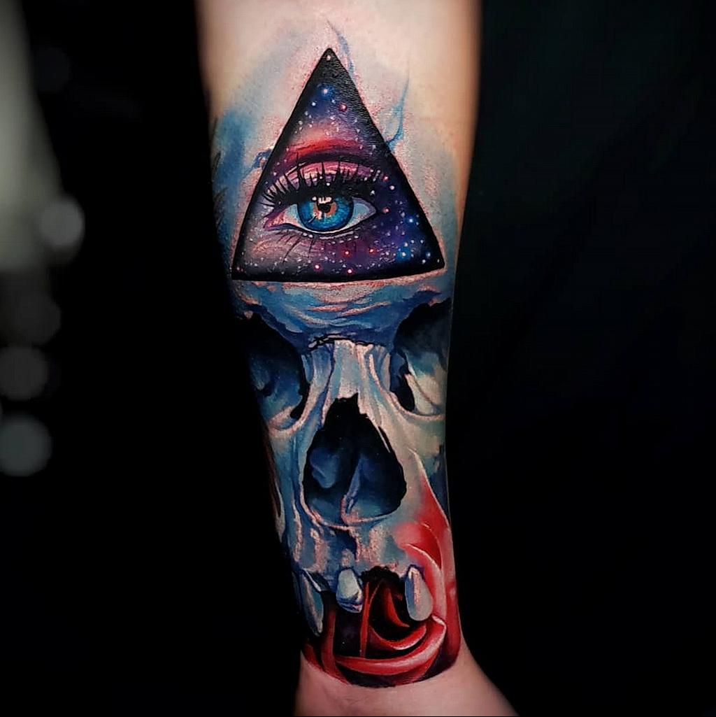 Фото интересного рисунка татуировки 08.01.2021 №1483 -interesting tattoo- tatufoto.com