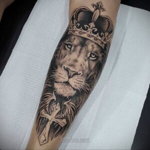 Фото мужского рисунка тату 09.01.2021 №10364 -male tattoo- tatufoto.com