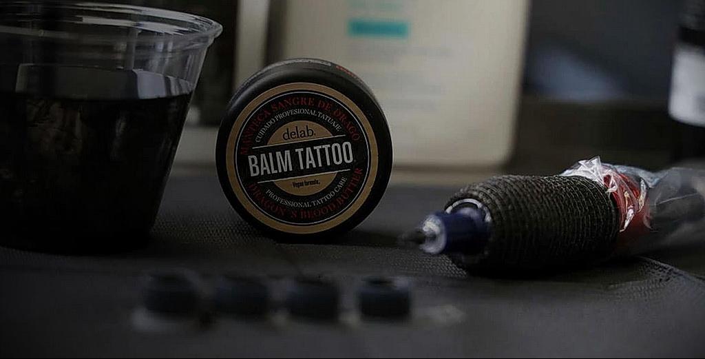 Фото правильный уход за тату 26.01.2021 №0003 - proper tattoo care - tatufoto.com