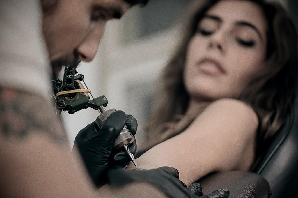 Фото правильный уход за тату 26.01.2021 №0007 - proper tattoo care - tatufoto.com