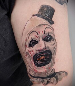 Фото страшного рисунка тату 10.01.2021 №10015 -scary tattoo- tatufoto.com