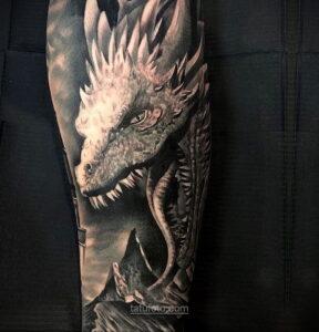 Фото страшного рисунка тату 10.01.2021 №10063 -scary tattoo- tatufoto.com