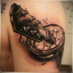 Фото тату разбитые часы 17.01.2021 №0016 -broken clock tattoo-tatufoto.com