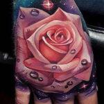 Фото тату роза на руке 25.01.2021 №0026 - rose tattoo on hand - tatufoto.com