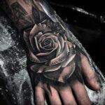 Фото тату с черной розой 25.01.2021 №0079 - black rose tattoo - tatufoto.com