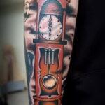 Фото тату часы для мужчины 19.01.2021 №0053 -tattoo clock for men-tatufoto.com
