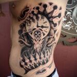 Фото тату часы для мужчины 19.01.2021 №0061 -tattoo clock for men-tatufoto.com