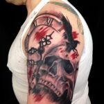 Фото тату часы и ворон 19.01.2021 №0006 -crow clock tattoo-tatufoto.com