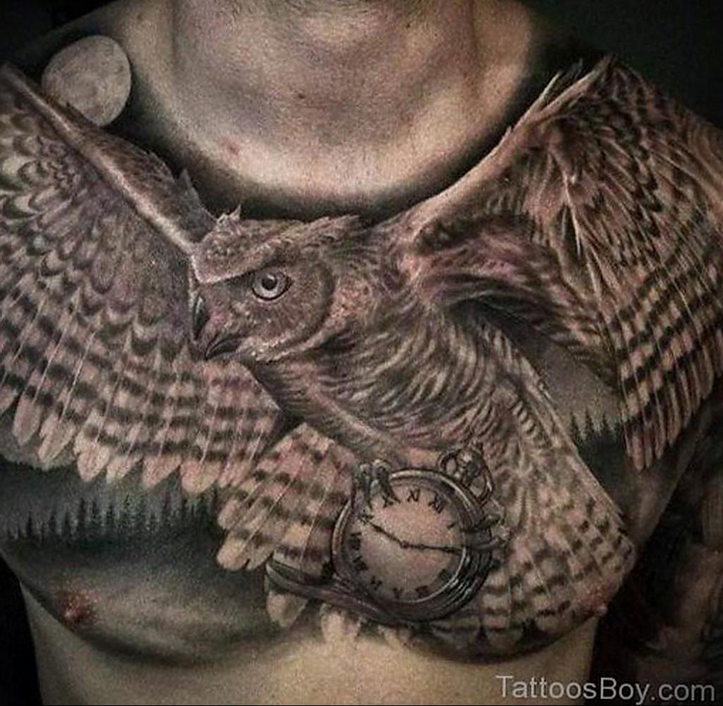 Фото тату часы на груди 17.01.2021 №0040 -clock tattoo on chest-tatufoto.com