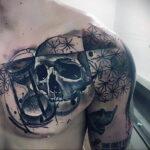 Фото тату часы на груди 17.01.2021 №0041 -clock tattoo on chest-tatufoto.com
