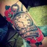 Фото тату часы цветная 19.01.2021 №0024 -tattoo clock color-tatufoto.com