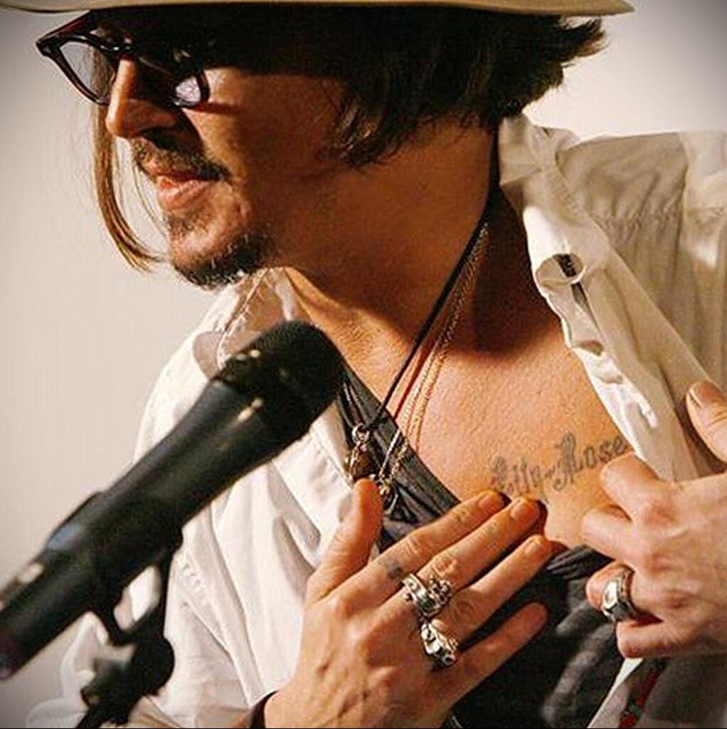 тату Джонни Деппа имя дочери - Johnny Depp's daughter's name tattoo 1