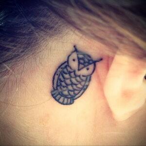 маленькая тату с совой на фото 15.02.2021 №0017 - little owl tattoo- tatufoto.com