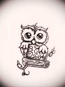 маленькая тату с совой на фото 15.02.2021 №0094 - little owl tattoo- tatufoto.com
