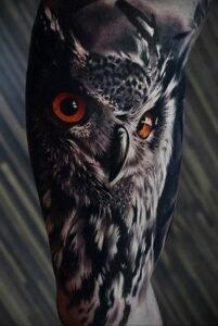 мужской рисунок тату с совой пример 15.02.2021 №0015 - owl tattoo men - tatufoto.com