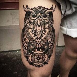 мужской рисунок тату с совой пример 15.02.2021 №0030 - owl tattoo men - tatufoto.com