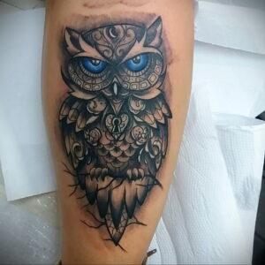 мужской рисунок тату с совой пример 15.02.2021 №0060 - owl tattoo men - tatufoto.com