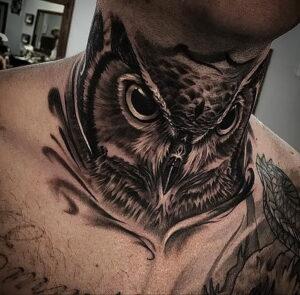 мужской рисунок тату с совой пример 15.02.2021 №0116 - owl tattoo men - tatufoto.com