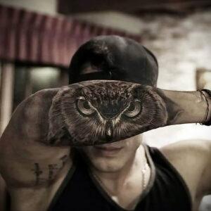 мужской рисунок тату с совой пример 15.02.2021 №0130 - owl tattoo men - tatufoto.com