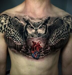 пример рисунка тату сова на груди 15.02.2021 №0034 - owl tattoo on chest - tatufoto.com